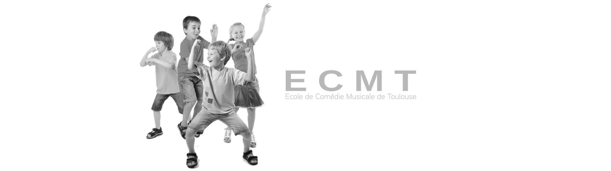enfants qui dansent noir et blanc